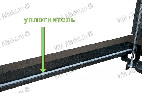 Напольный люк с газовыми амортизаторами ТИТАН